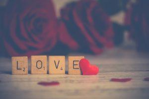 Love Status | 100+ Best Love Status In Hindi For Girlfriend